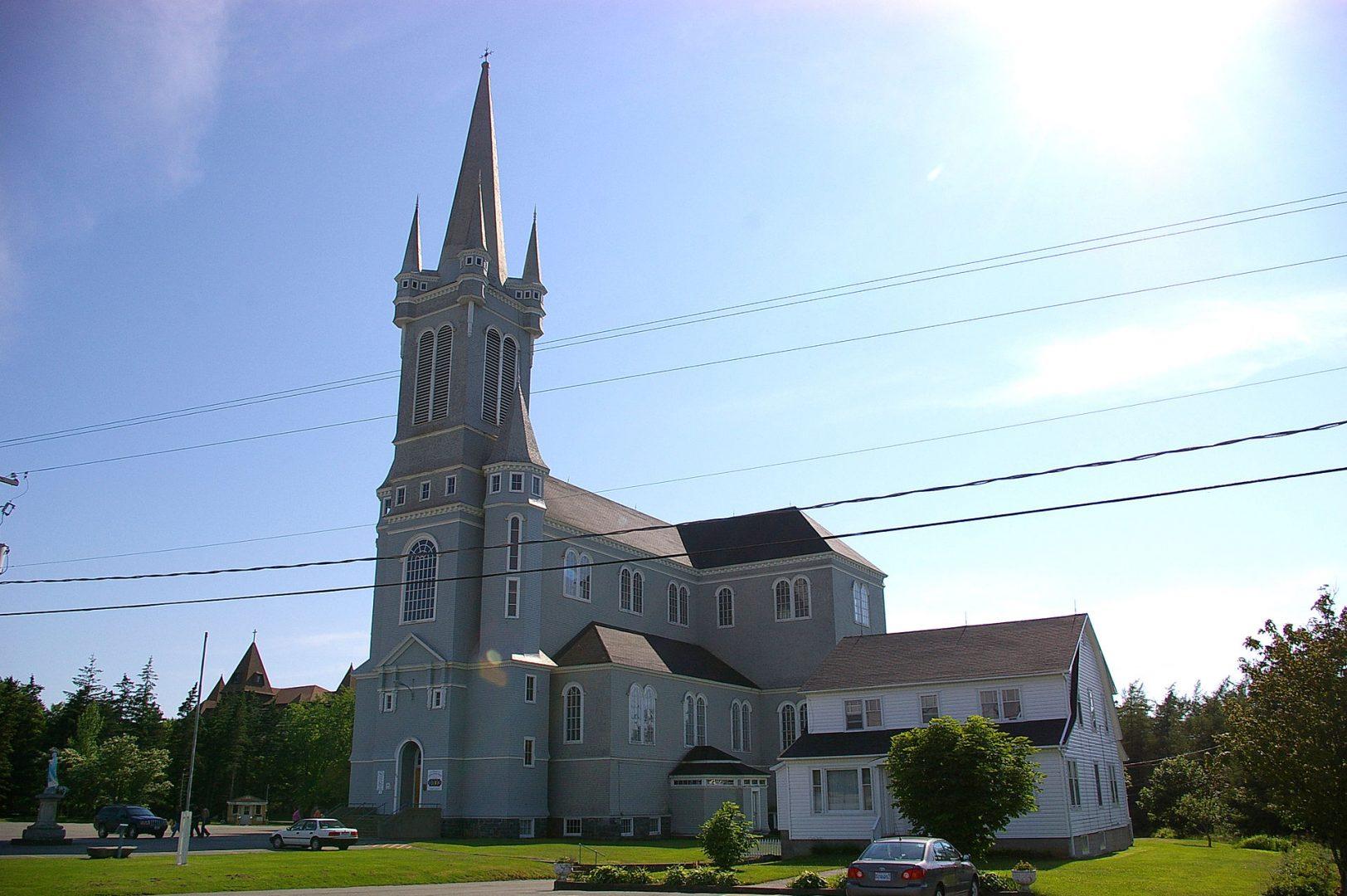 Photo de l'Église St-Marys à Pointe-de-l'Église (photo par Exe30 de Wikipédia).